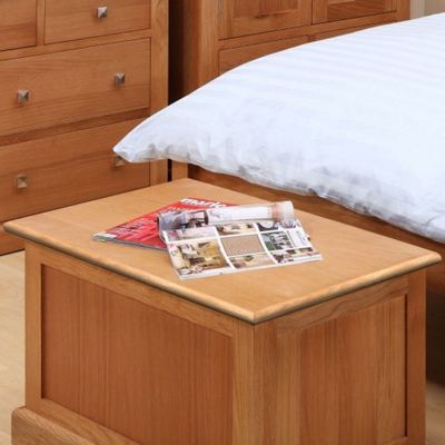 Kelburn Furniture Pitkin Oak Blanket Box