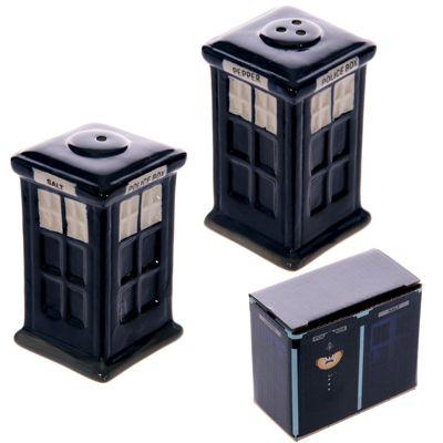 London Police Box Ceramic Salt & Pepper Set