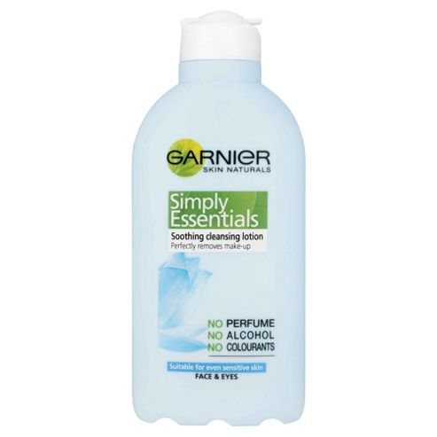 Garnier Simply Essential Cleansing Milk